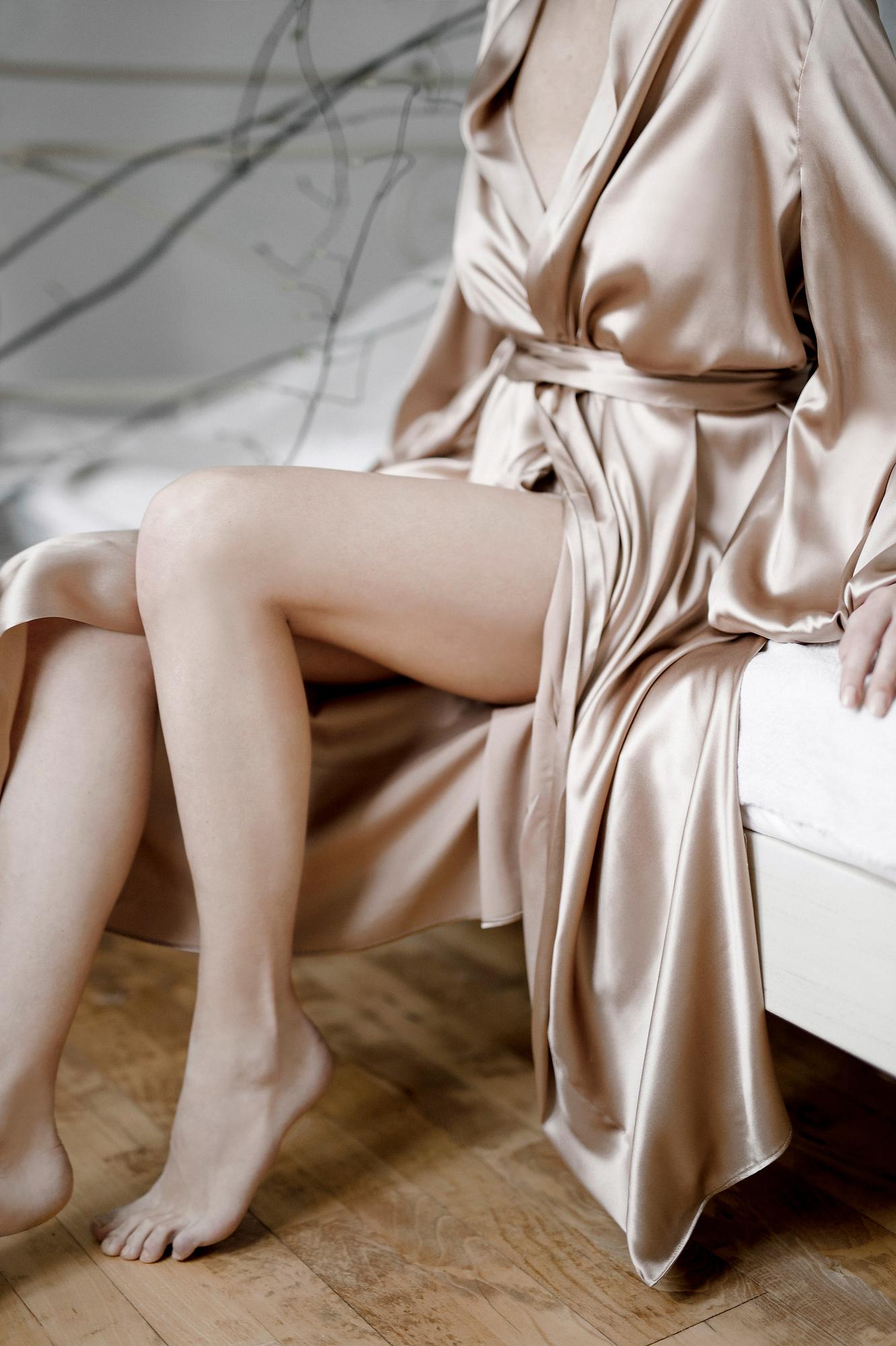 Braut Kimono in nude gold